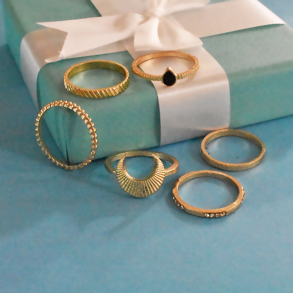 Monte Carlo Set of Rings - Dainty Golden Stone Ring Stack