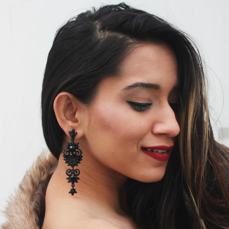 Rivoli - Black Studded Earrings