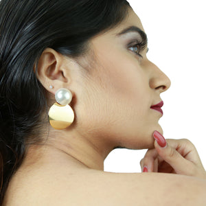 Tiffany - White Pearl and Golden Metal Earrings