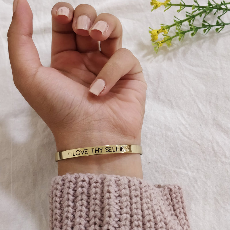 Love Thy Selfie - Golden Text Engraved Bangle