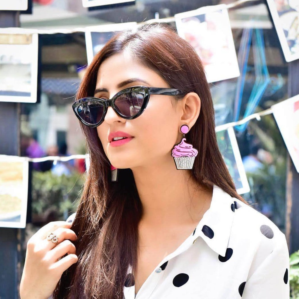 Karishma Yadav In Knick Knack Nook Strawberry Cupcake Earrings - Quirky Acrylic Earring