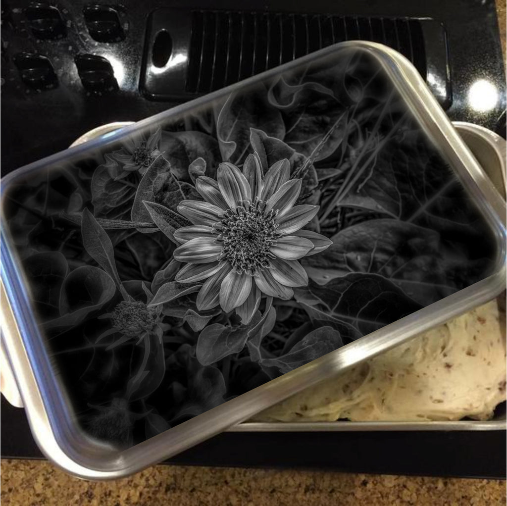 Black and white flower cake pan with lid mark cooper black and white flower cake pan with lid mightylinksfo