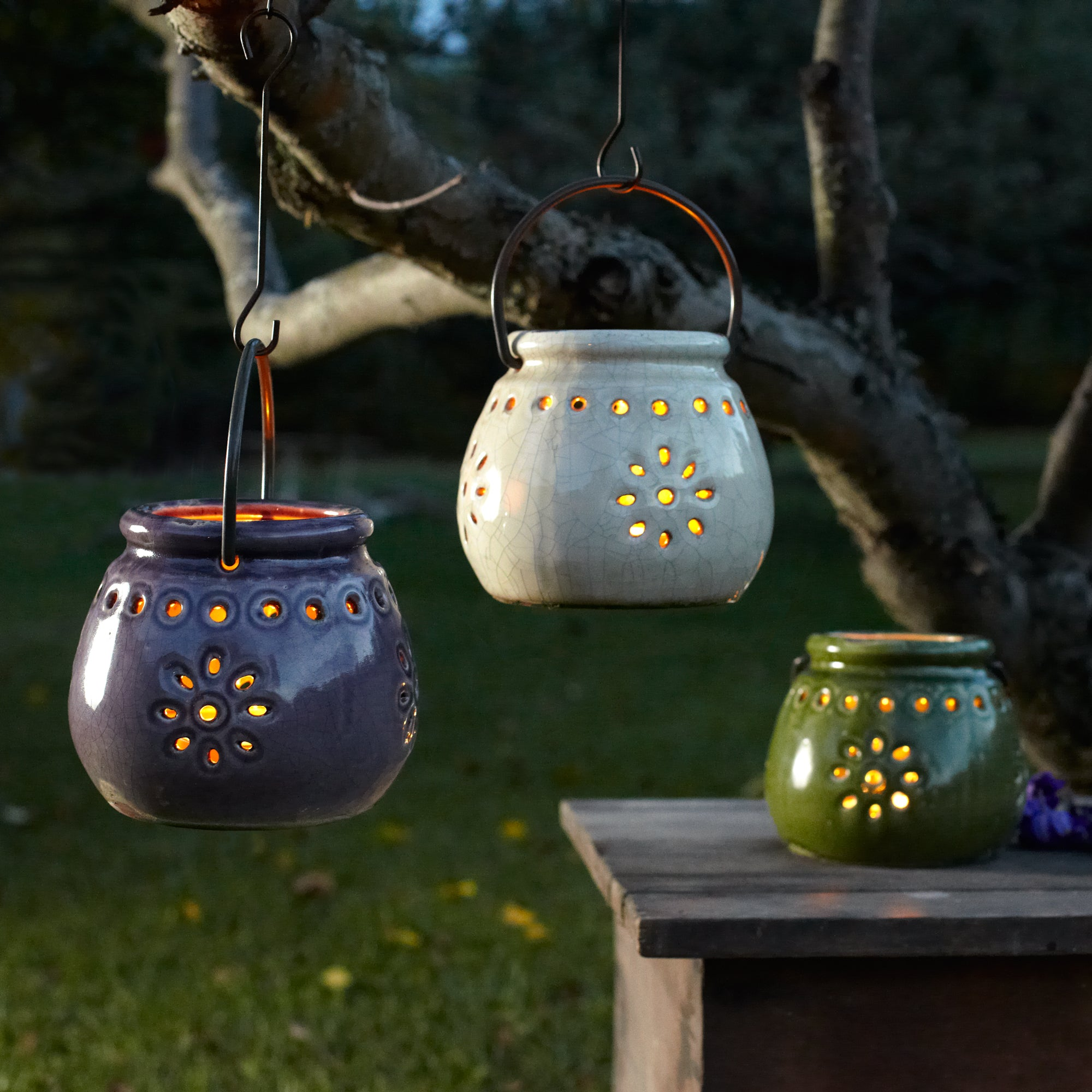 Stoneware Lantern Amethyst Northern Lights Candles