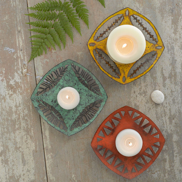 Nomad - Vintage Yellow Plate - Northern Lights Candles