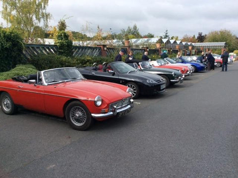 MG club pit stop at Laylocks Garden Centre