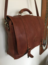 Load image into Gallery viewer, Vintage Eddie Bauer Leather Messenger Bag Brief Case