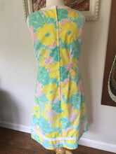"Load image into Gallery viewer, Vintage Original Lilly Pulitzer ""The Lilly"" Summer Pop Floral Shift Dress 1960s-70s"