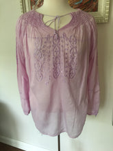 Load image into Gallery viewer, Vintage 1970's Bohemian Lavender Peasant Hippy Blouse