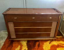Load image into Gallery viewer, Vintage Magnavox Tube Amplified Stereo Record Player Refurbished With Added Bluetooth