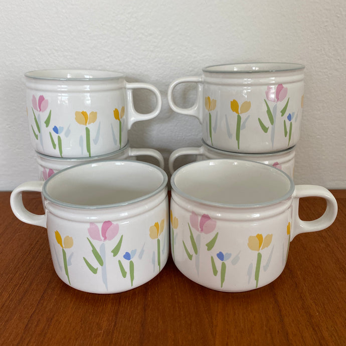 Vintage Modern Tulip Design Fresh Mint Mugs By Villager Set