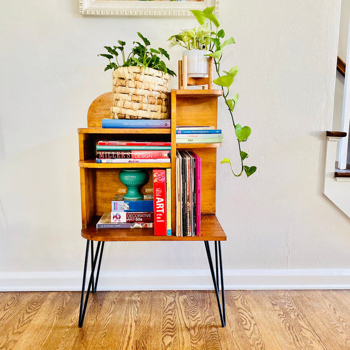Vintage MidCentury Modern Shelf Unit With Hairpin Legs
