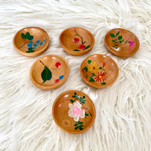 Load image into Gallery viewer, Vintage Mid Century Hand Painted Sauce Bowl Set