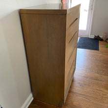 Load image into Gallery viewer, Vintage MidCentury Modern 5 Drawer Dresser Chest