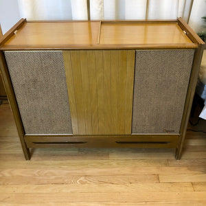 Vintage MidCentury Tube Amplified Record Player By Magnavox With Bluetooth