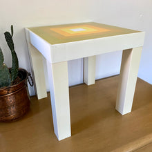 Load image into Gallery viewer, Vintage 70s Groovy Accent Table