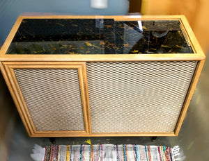 Vintage Magnavox 1957 Tube Amplified Record Player