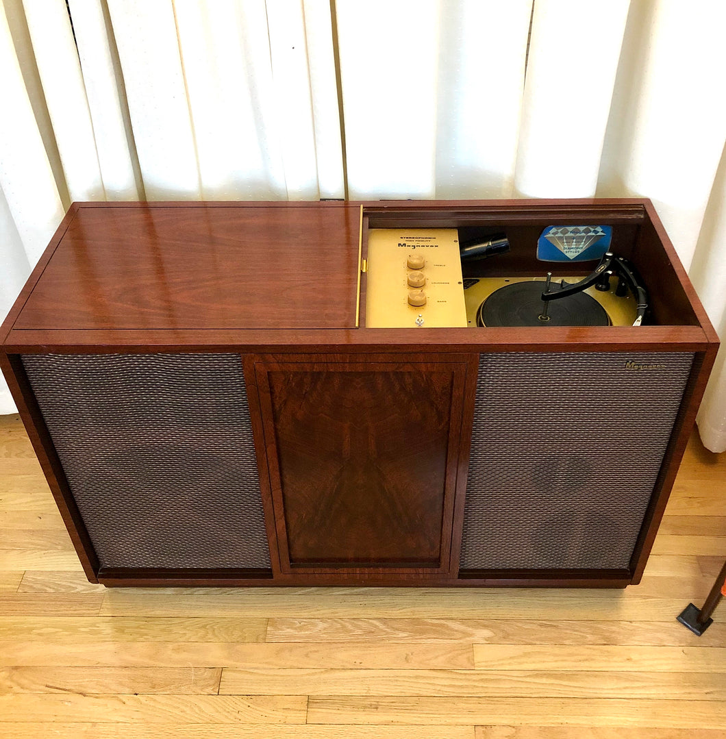 Vintage Magnavox Tube Amplified Record Player
