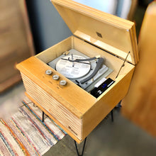 Load image into Gallery viewer, Vintage Record Player With Added Bluetooth By Magnavox