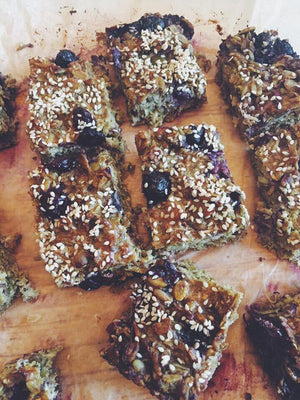 Great healthy snack - Protein muesli slice with matcha from Amber-Marie