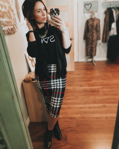 * The Closet- Plaid skirt