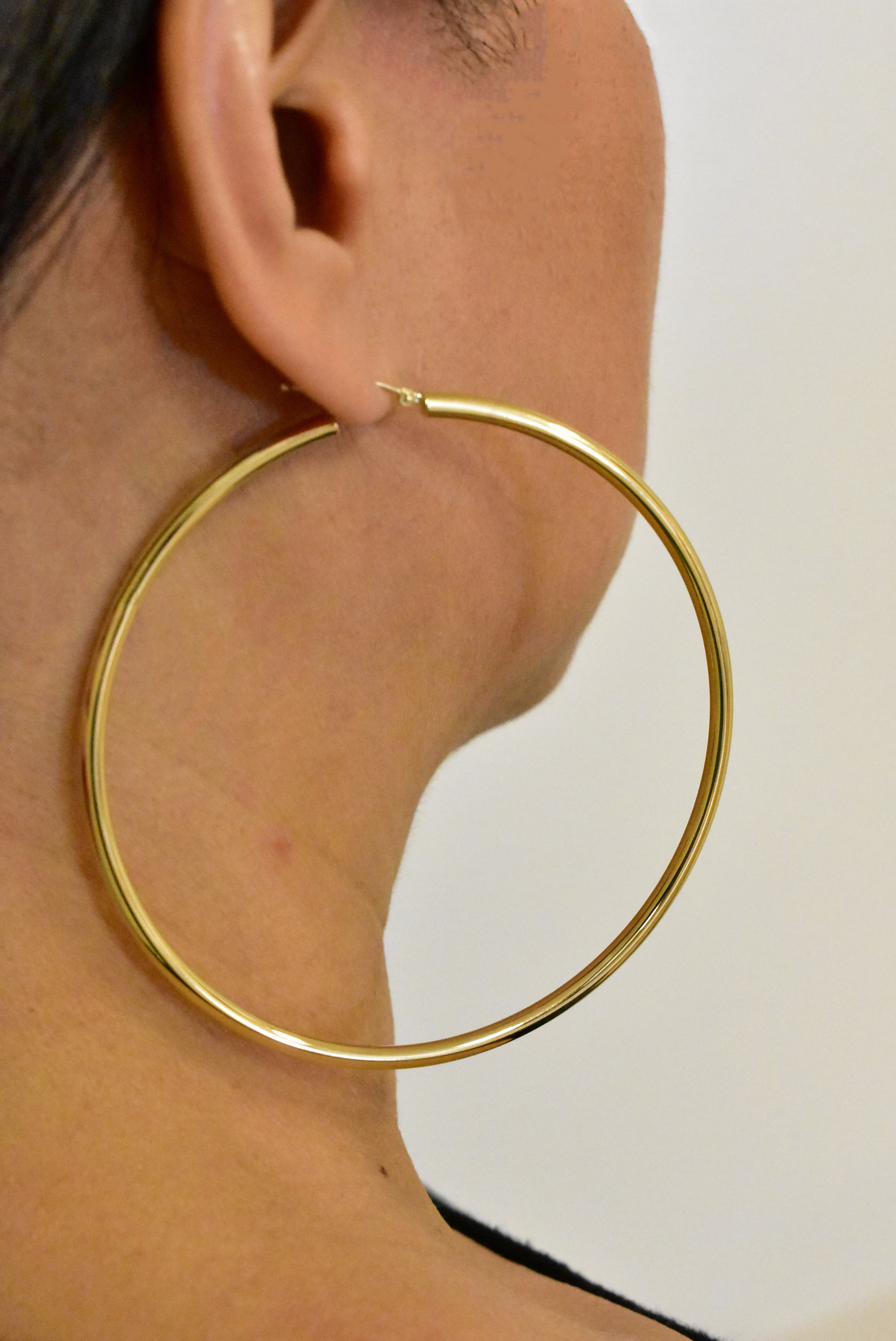 14K Yellow Gold 3 inch Diameter Extra Large Giant Gigantic Round Classic Hoop Earrings Lightweight 78mm x 3mm
