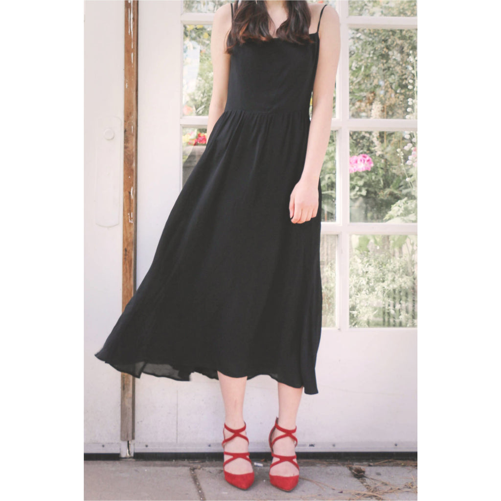 Reformation | Rosehip Dress - Black - Fresh Fashion Library