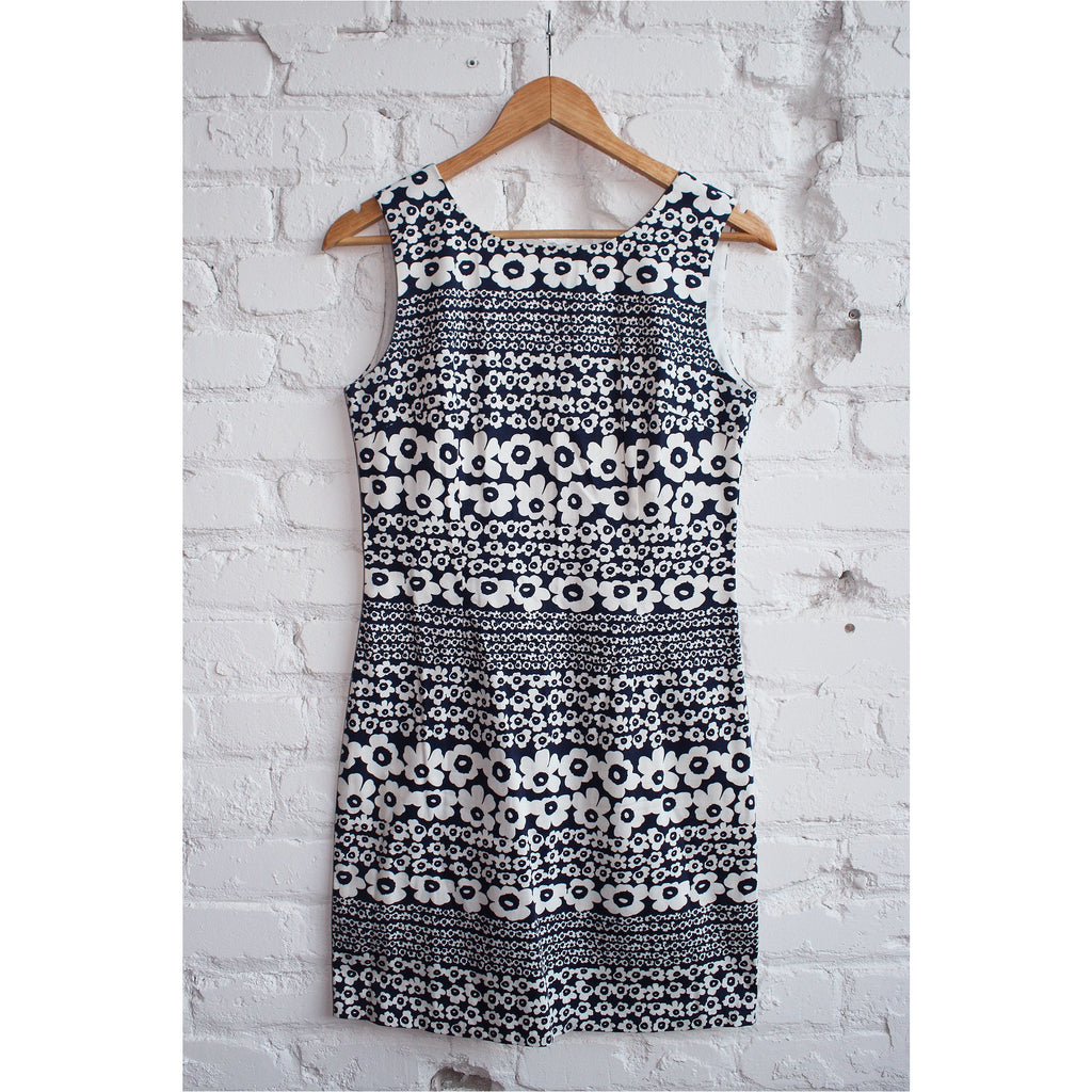 LUNA | Navy and White Floral Dress - Fresh Fashion Library