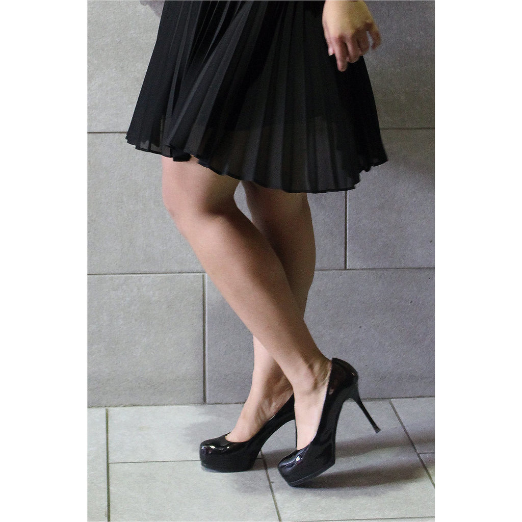 YVES SAINT LAURENT | Black Patent Leather Platform Pumps - Fresh Fashion Library