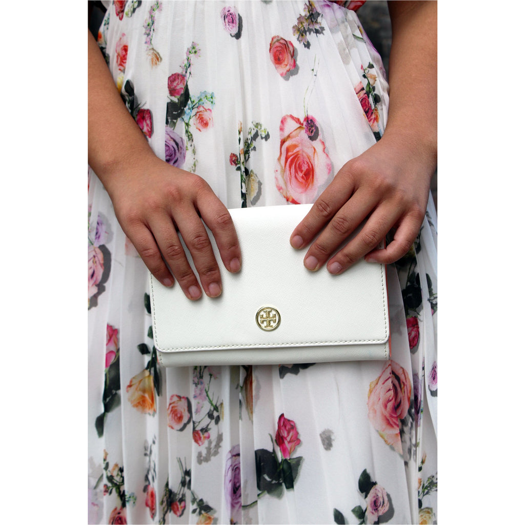 TORY BURCH | Ivory Robinson Leather Wallet - Fresh Fashion Library