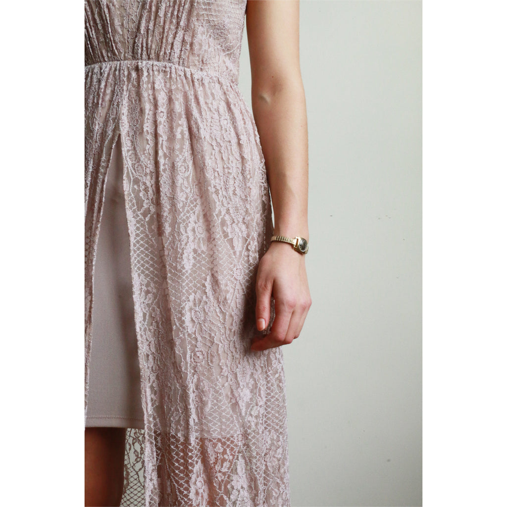 Alice + Olivia | Lace Dress