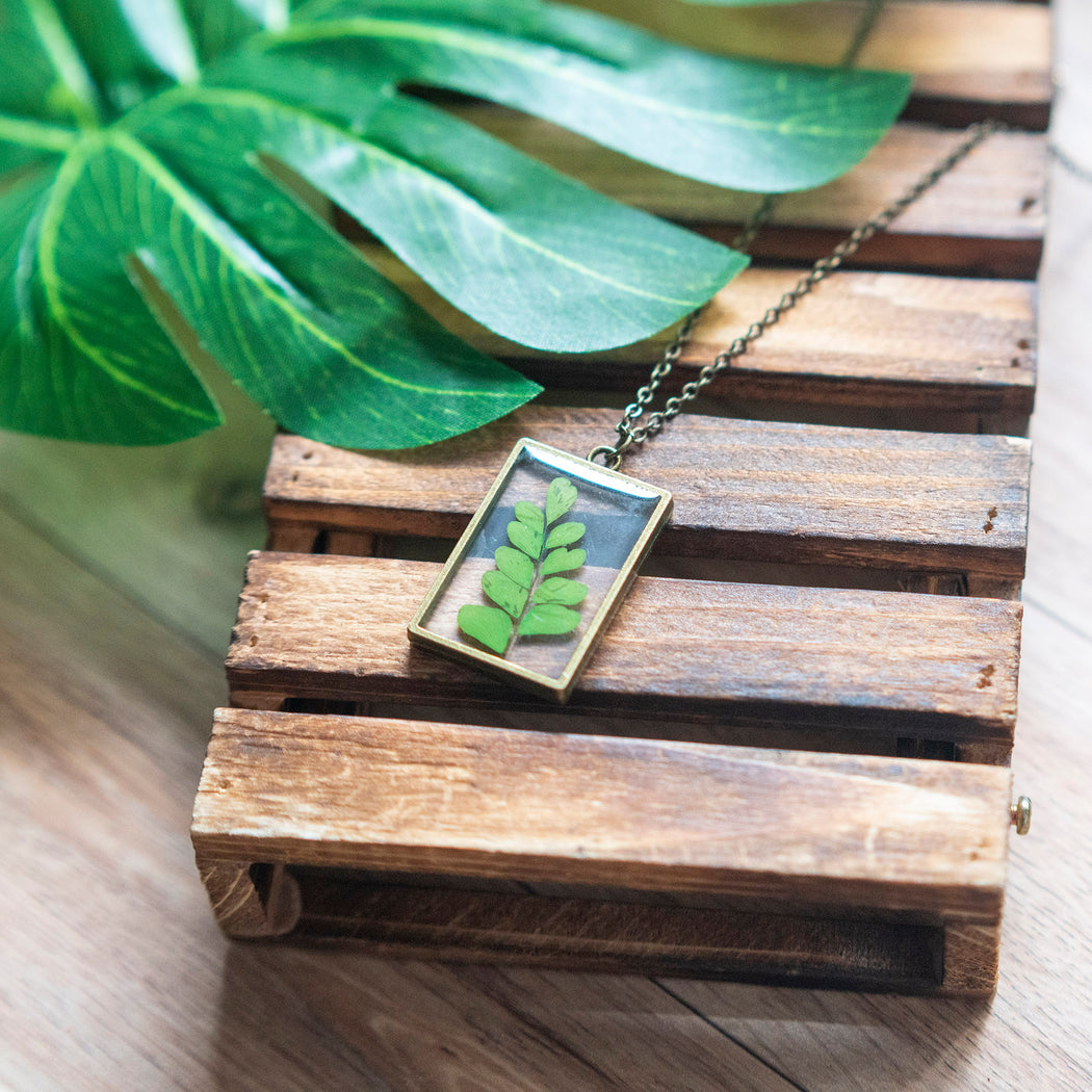 Real Pressed Green Fern Flower Necklace Adjustable Length Resin Botanical Jewelry Floral Neverland Floralfy 04