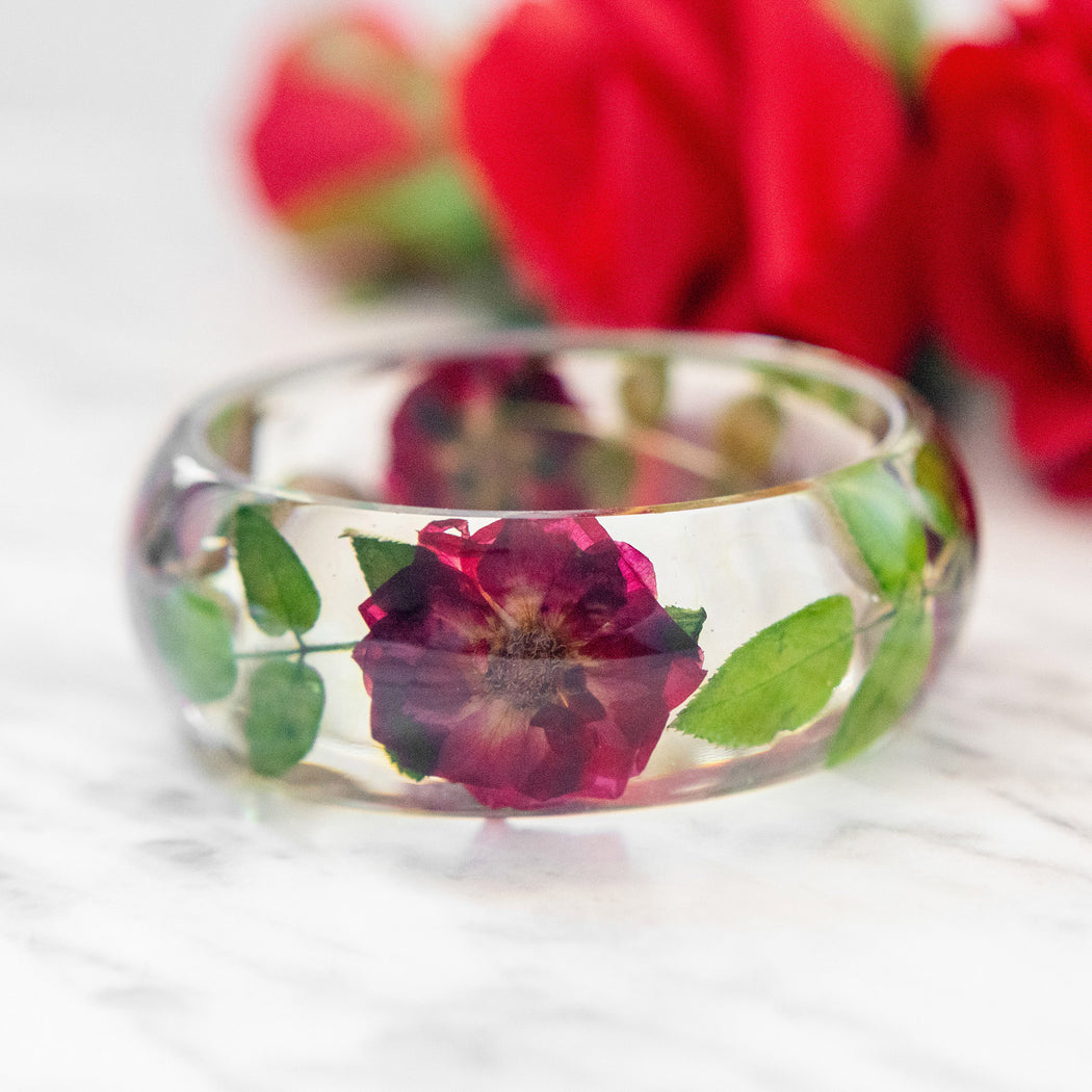 Real Pressed Flower Resin Bangle Bracelet Botanical Jewelry with Red Roses, Bridal Bridesmaid Woodland Wedding Mother's Day Anniversary Gift Floral Neverland Floralfy