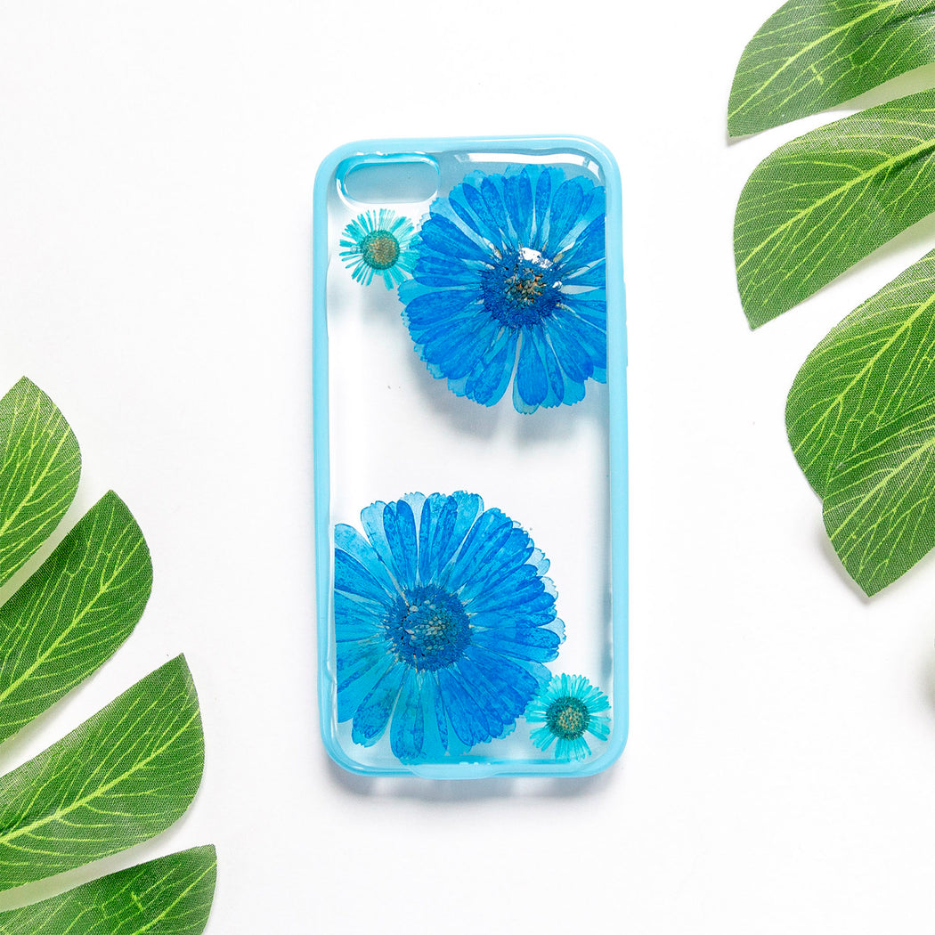 Floral Neverland Floralfy Blue Sapphire Real Pressed Blue Daisy Flower Floral Foliage Botanical iPhone 5 5s SE Bumper Case 01