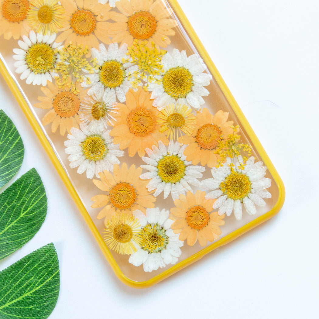 Clementine Floral Neverland Floralfy Real Pressed Yellow and Orange Daisy Flower Floral Foliage Botanical Anti Drop iPhone 7 Plus 8 Plus Bumper Case 03