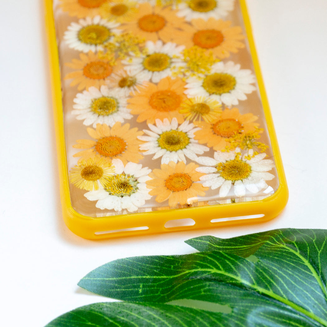 Clementine Floral Neverland Floralfy Real Pressed Yellow and Orange Daisy Flower Floral Foliage Botanical Anti Drop iPhone 7 Plus 8 Plus Bumper Case 06
