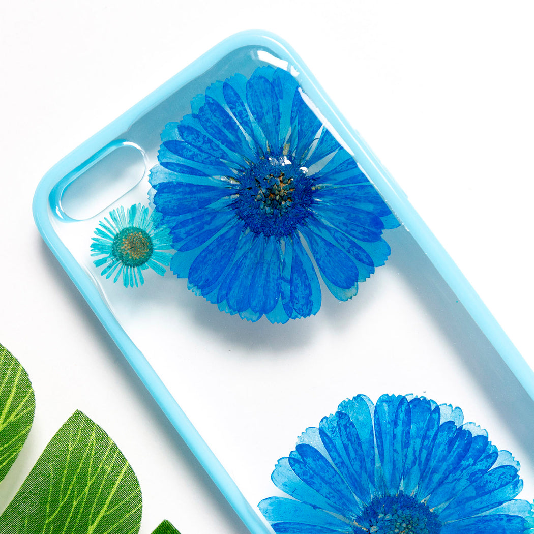 Floral Neverland Floralfy Blue Sapphire Real Pressed Blue Daisy Flower Floral Foliage Botanical iPhone 5 5s SE Bumper Case 02