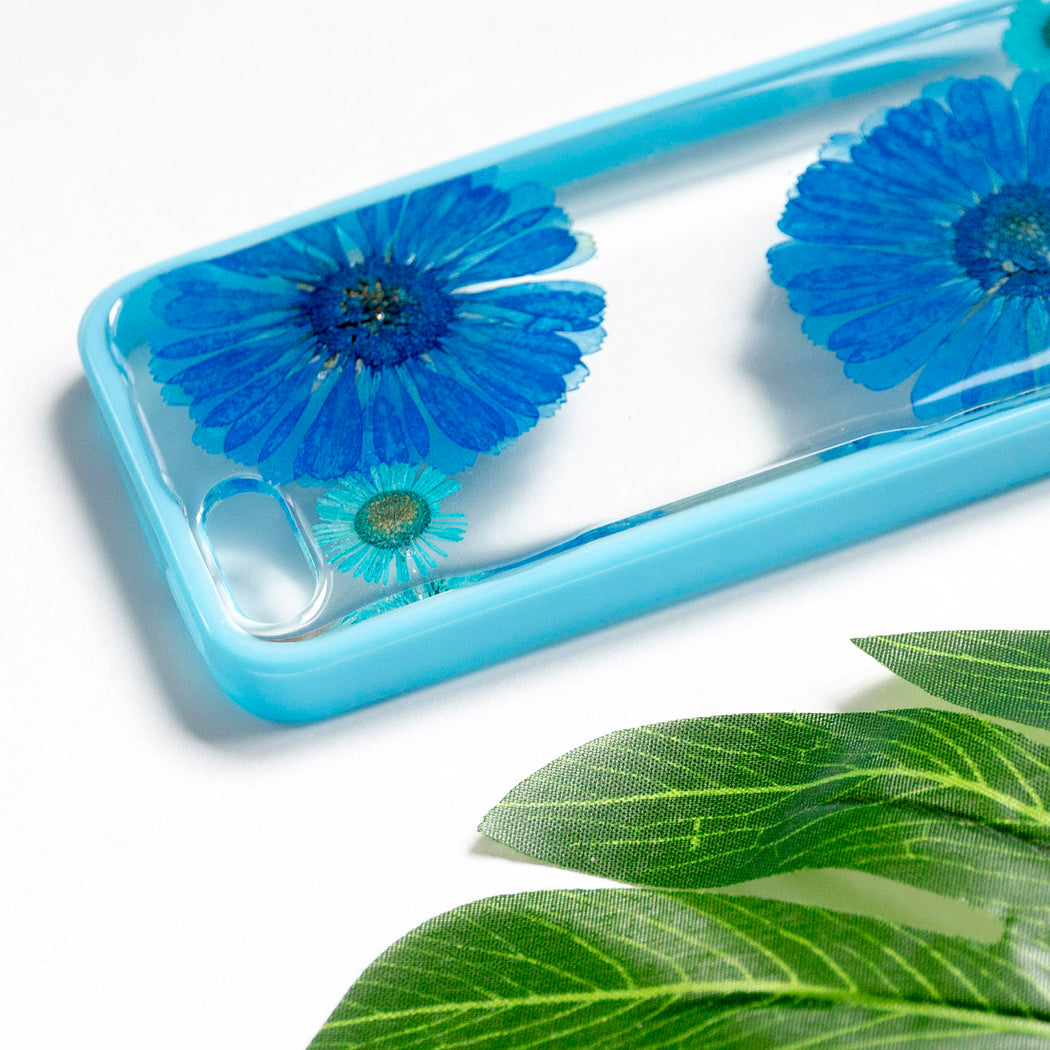 Floral Neverland Floralfy Blue Sapphire Real Pressed Blue Daisy Flower Floral Foliage Botanical iPhone 5 5s SE Bumper Case 04