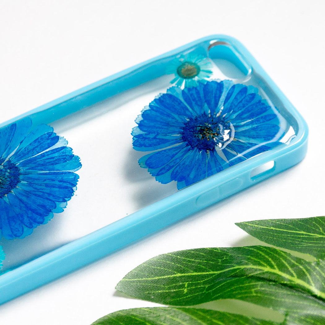 Floral Neverland Floralfy Blue Sapphire Real Pressed Blue Daisy Flower Floral Foliage Botanical iPhone 5 5s SE Bumper Case 05