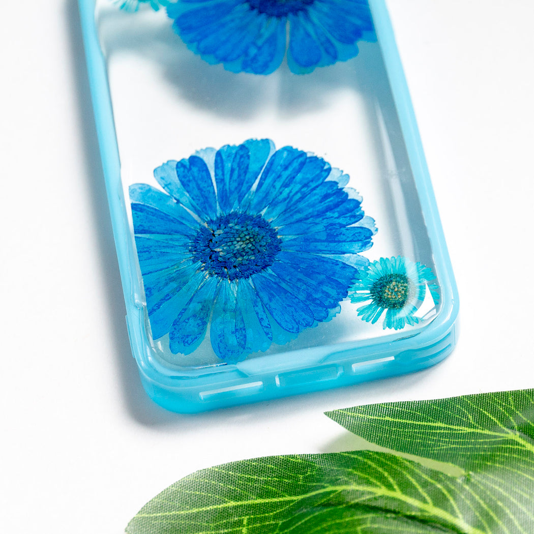 Floral Neverland Floralfy Blue Sapphire Real Pressed Blue Daisy Flower Floral Foliage Botanical iPhone 5 5s SE Bumper Case 06