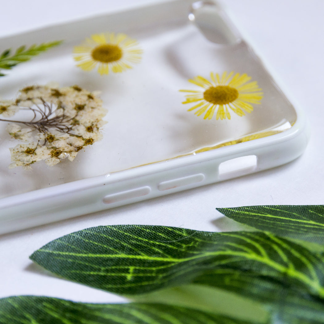 Little Sunshine | Pressed Flower iPhone Bumper Case | iPhone 6/6s