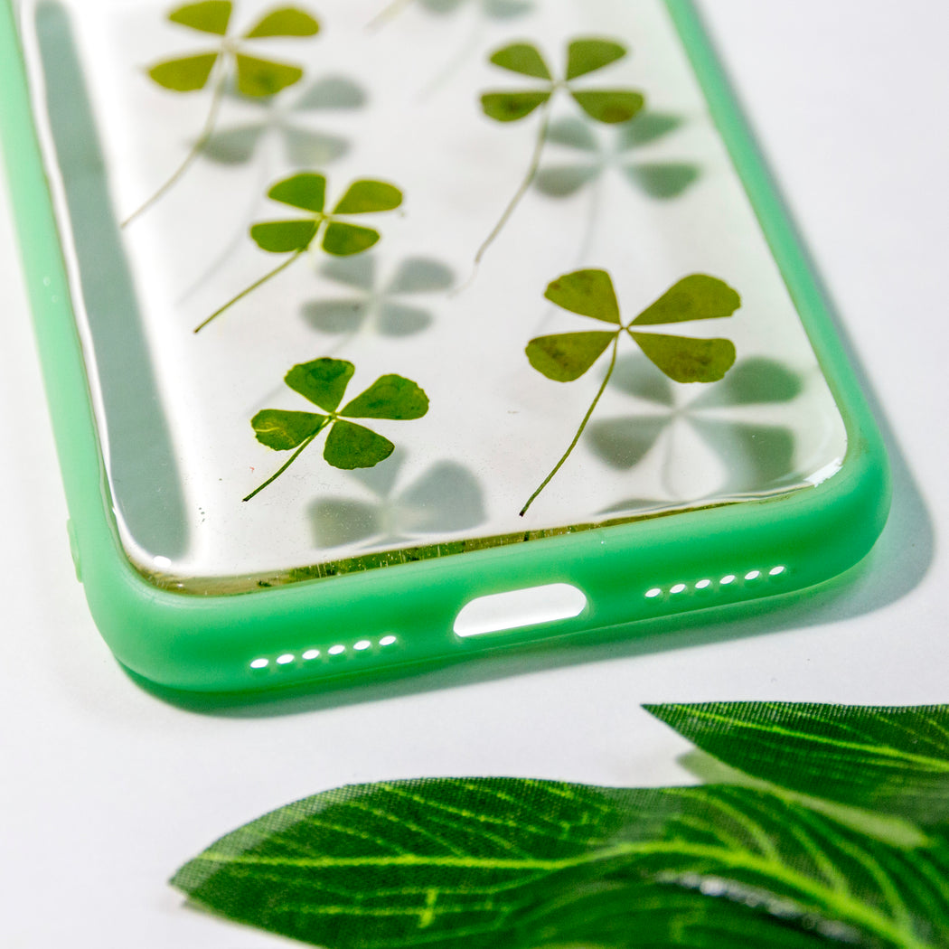 Feeling Lucky | Pressed Flower iPhone Bumper Case | iPhone X/XS
