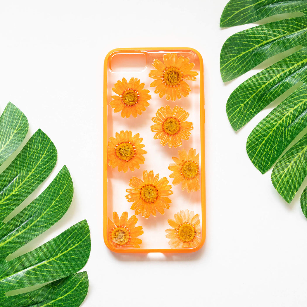 Melina | Pressed Flower iPhone Bumper Case | iPhone 7/8/SE
