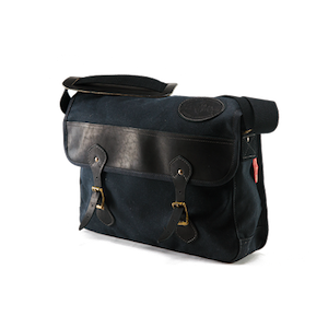 Frost River Premium Messenger Brief - Black
