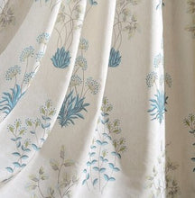 white and blue flowers curtains