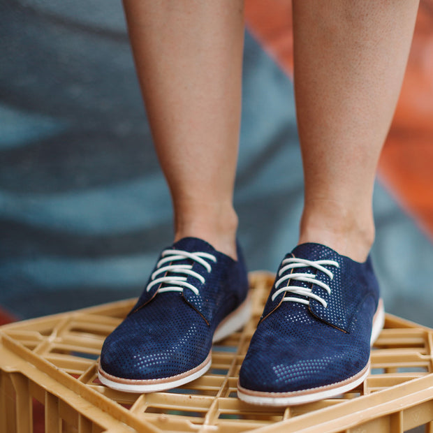 Womens Derby Shoe - Navy Dream