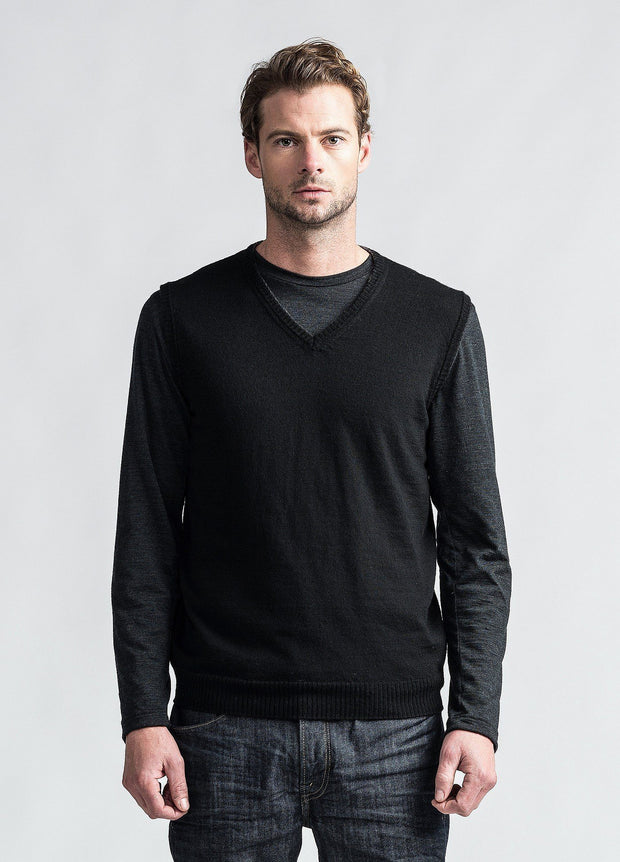 Untouched World-Mens Simple Merino Vest - Black - buy online with www.tehuianz.com