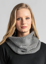 Womens Knit Weave Snood-Untouched World-Te Huia New Zealand