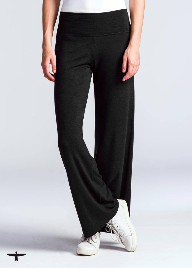 Untouched World-Womens Mountainsilk Relaxed Pant - buy online with www.tehuianz.com