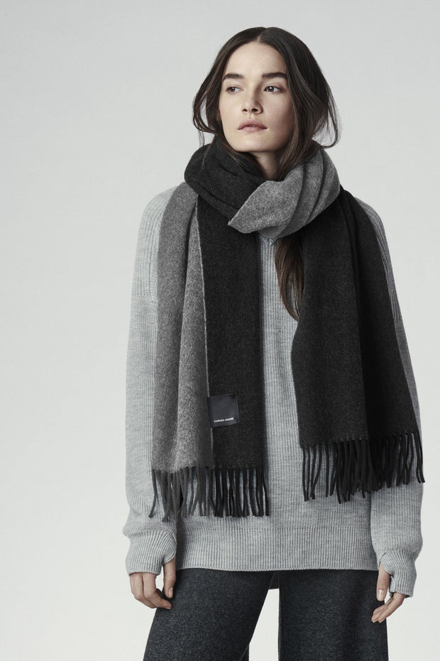 Canada Goose-Womens Two Colour Woven Scarf - buy online with www.tehuianz.com