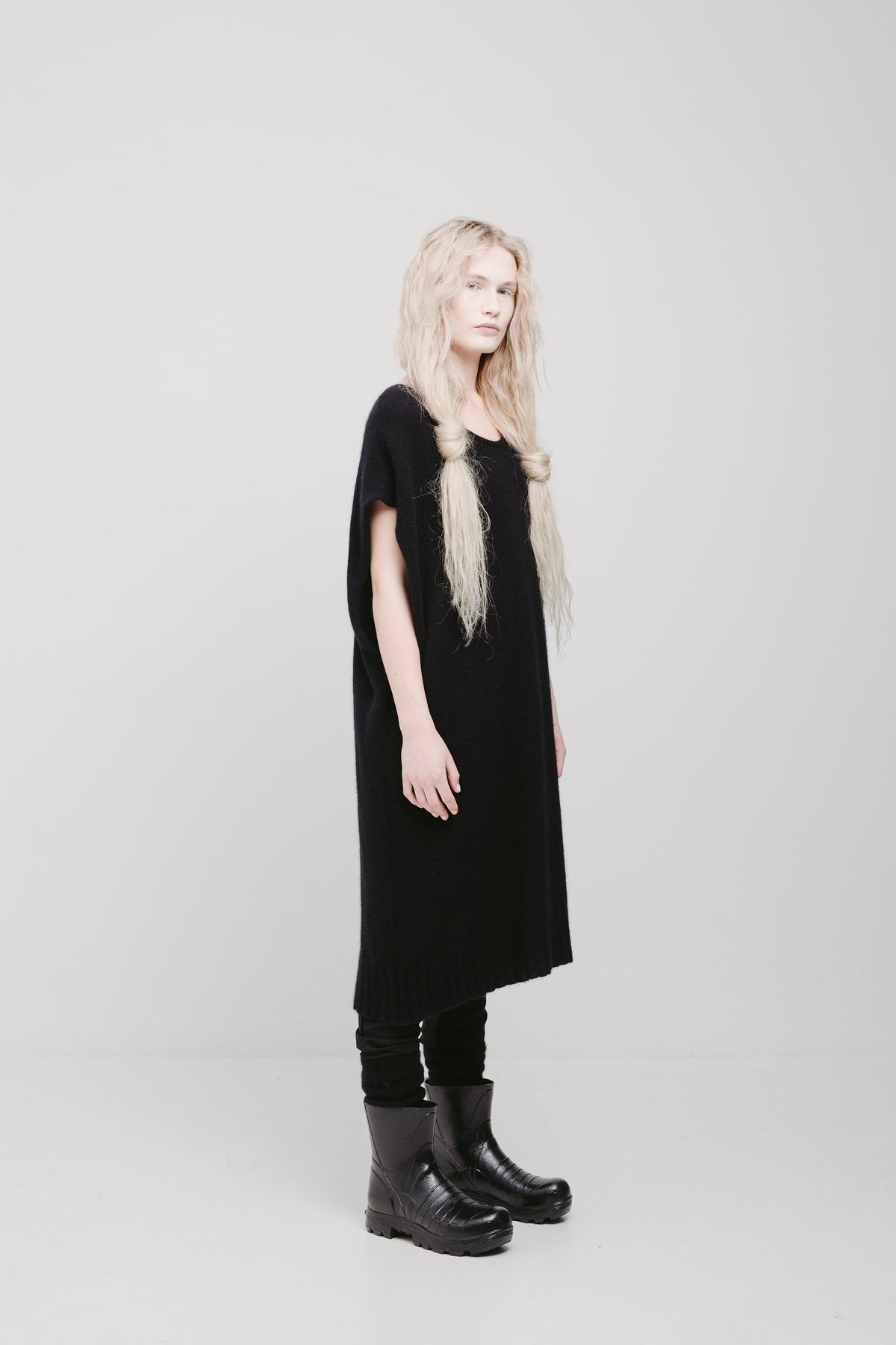 lela jacobs u vest possum merino silk mix jumper in black k road fashion designers stockists Auckland New Zealand Made